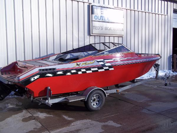 1990 Galaxy boat for sale, model of the boat is 225 CUDDY & Image # 1 of 19