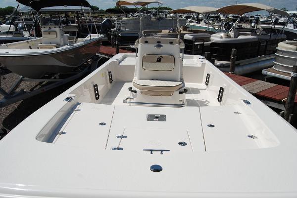 2021 Carolina Skiff boat for sale, model of the boat is 19 SWS & Image # 3 of 7