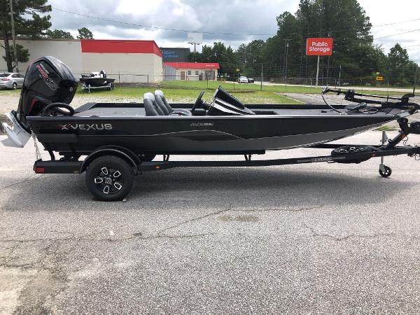 2021 Vexus boat for sale, model of the boat is AVX189C & Image # 4 of 28