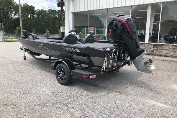 2021 Vexus boat for sale, model of the boat is AVX189C & Image # 5 of 28