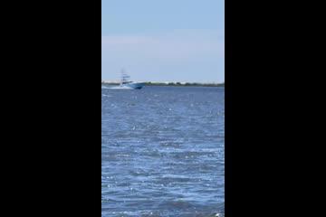 Hatteras Convertible Sportfish video