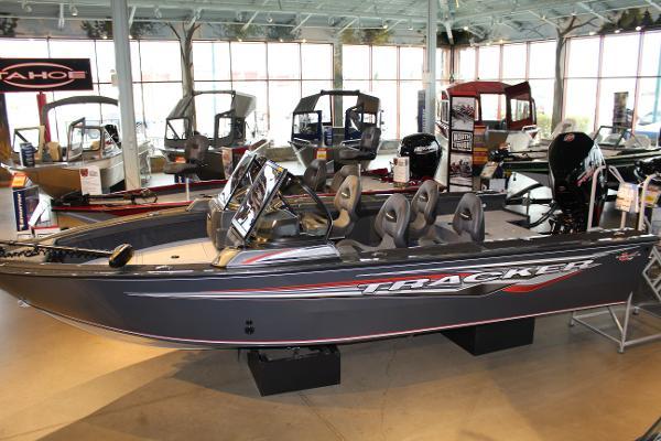 2020 Tracker Boats boat for sale, model of the boat is Targa V-19 WT & Image # 1 of 77