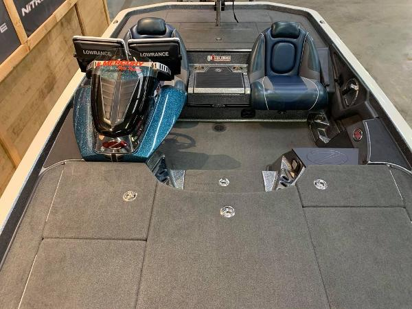 2017 Ranger Boats boat for sale, model of the boat is Z521C & Image # 6 of 15