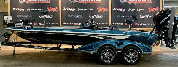 2017 Ranger Boats boat for sale, model of the boat is Z521C & Image # 1 of 15
