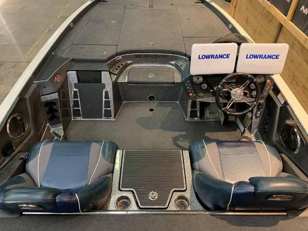 2017 Ranger Boats boat for sale, model of the boat is Z521C & Image # 11 of 15