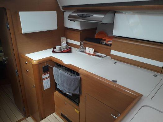 Galley Stove with Cover