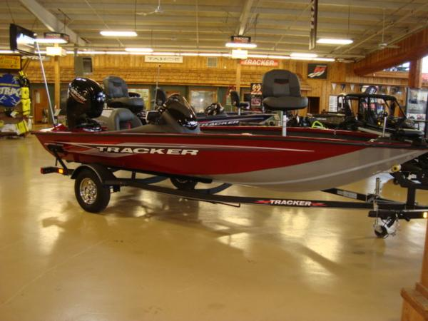 2021 Tracker Boats boat for sale, model of the boat is Pro Team 175 TXW® & Image # 1 of 13