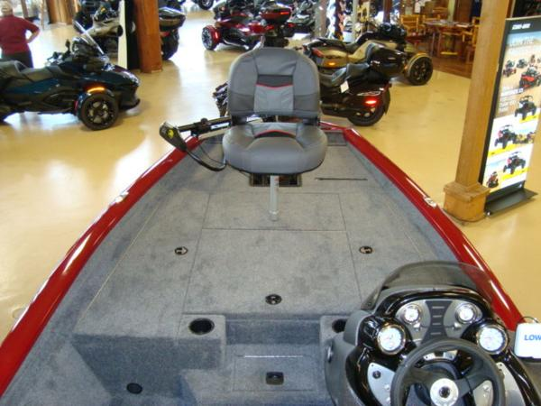 2021 Tracker Boats boat for sale, model of the boat is Pro Team 175 TXW® & Image # 9 of 13