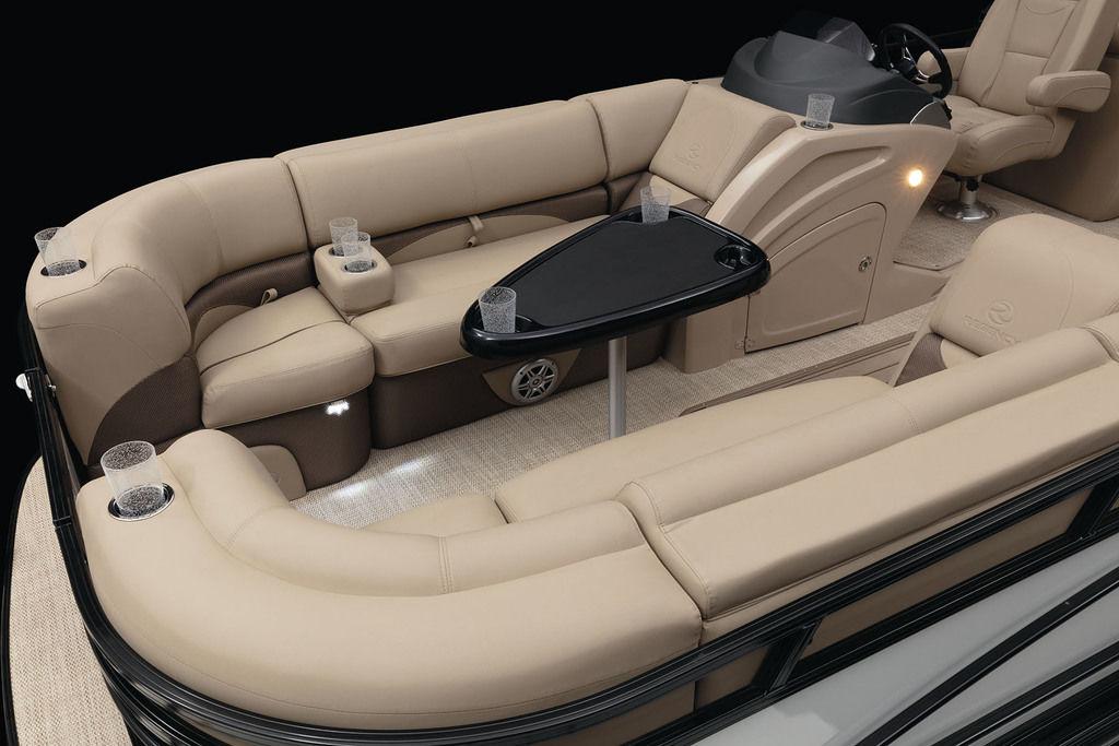 2021 Regency boat for sale, model of the boat is 230 DL3 & Image # 6 of 10