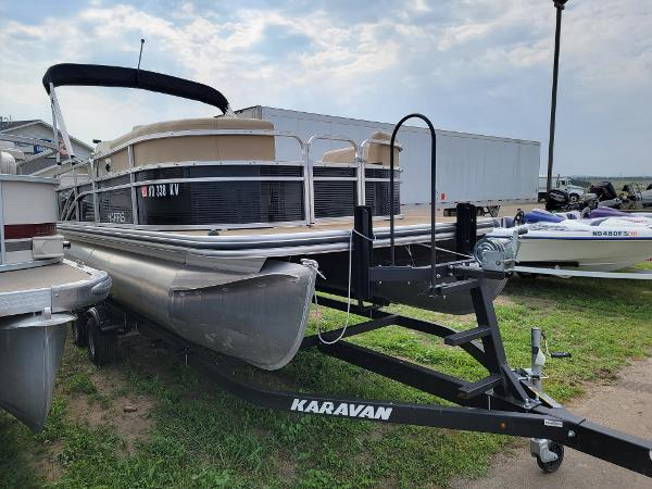 2018 Harris boat for sale, model of the boat is LX 200 & Image # 1 of 17