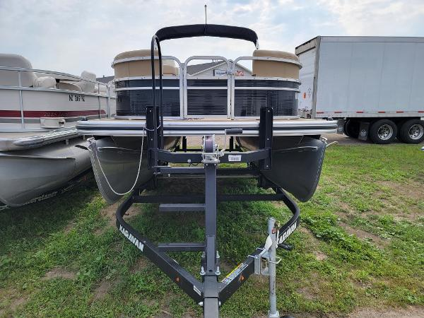 2018 Harris boat for sale, model of the boat is LX 200 & Image # 2 of 17