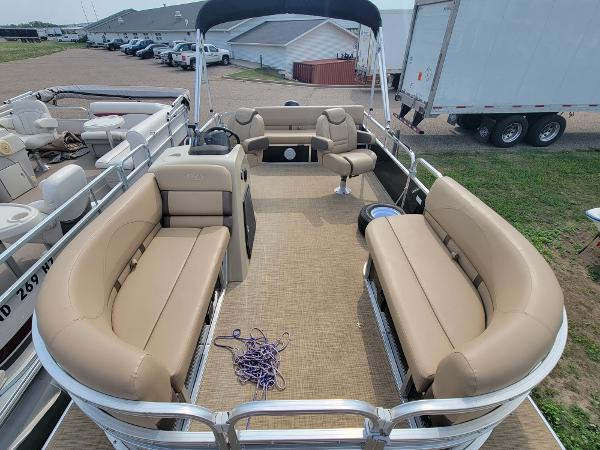 2018 Harris boat for sale, model of the boat is LX 200 & Image # 8 of 17