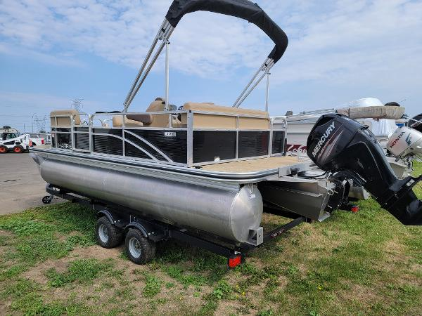2018 Harris boat for sale, model of the boat is LX 200 & Image # 5 of 17
