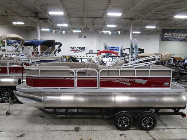 2021 Ranger Boats boat for sale, model of the boat is 200C & Image # 2 of 21