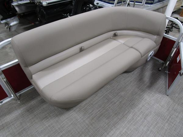 2021 Ranger Boats boat for sale, model of the boat is 200C & Image # 10 of 21