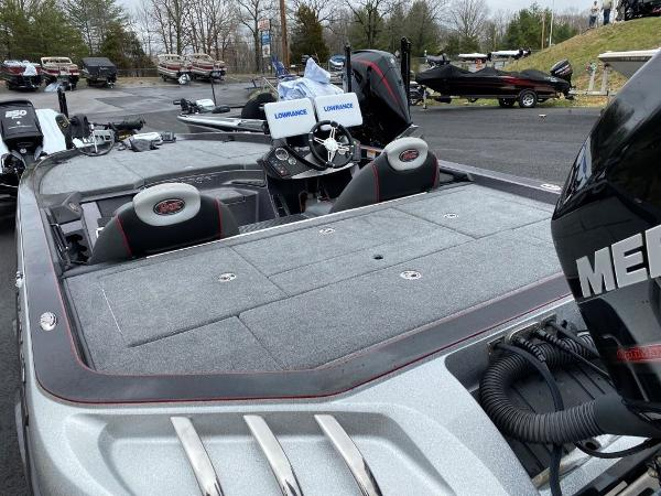 2016 Ranger Boats boat for sale, model of the boat is Z520C & Image # 4 of 19