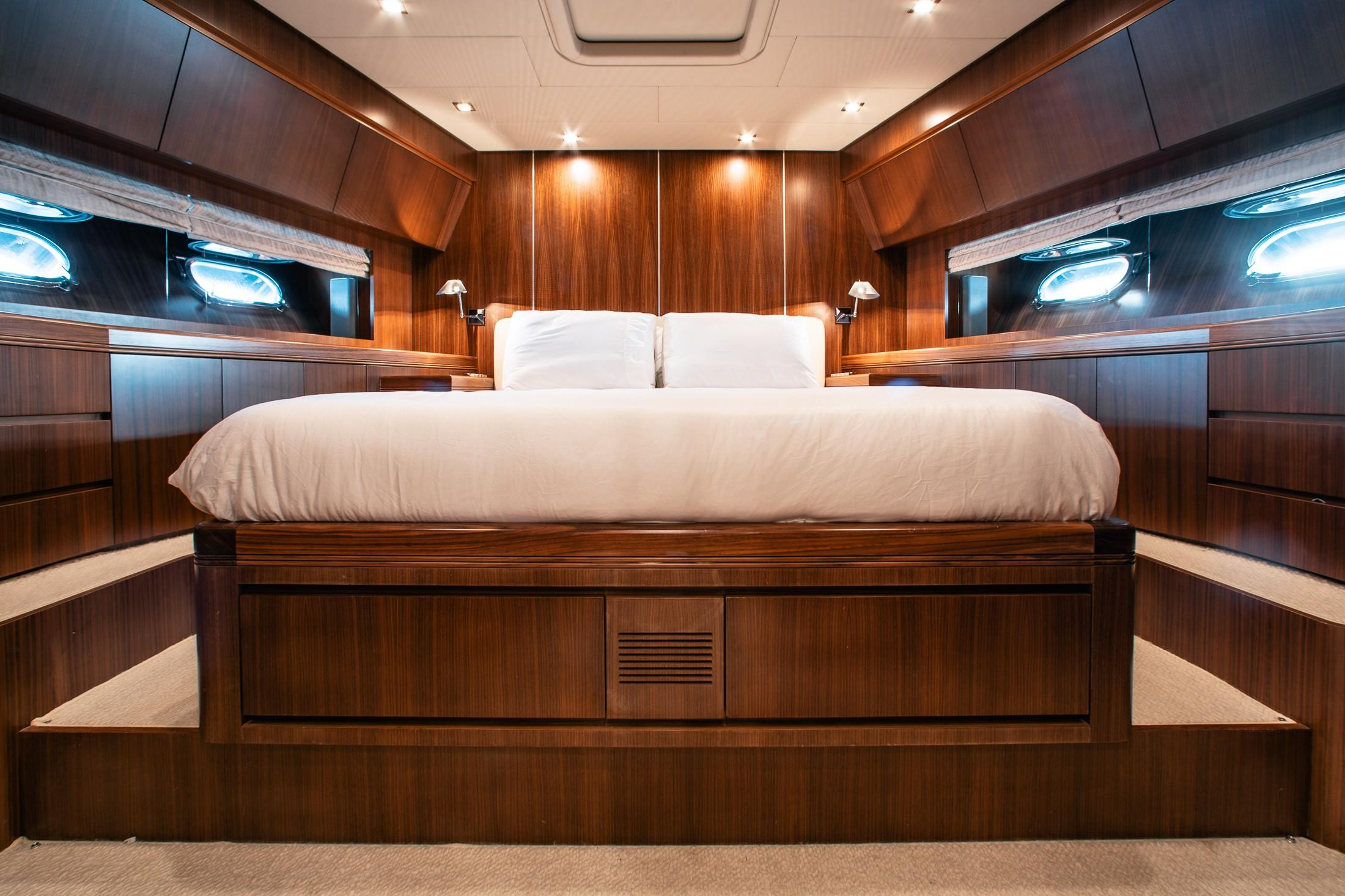 Picture Of:  78' Leopard Motoryacht 2007Yacht For Sale   4 of 24