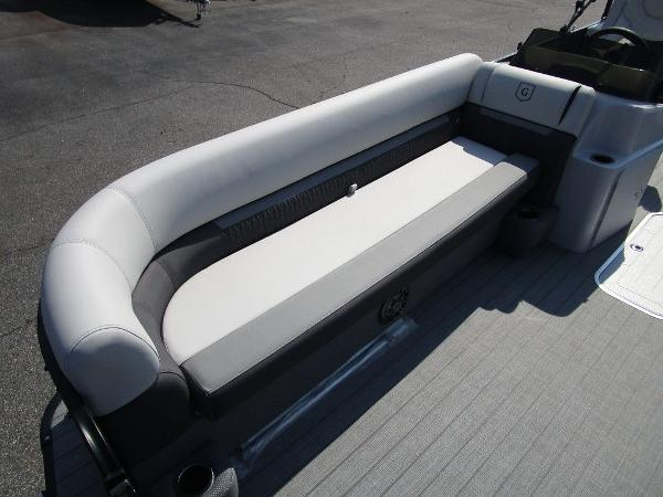 2021 Godfrey Pontoon boat for sale, model of the boat is SW 2286 SFL GTP 27 in. & Image # 5 of 29
