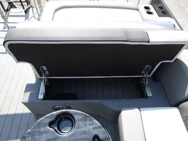 2021 Godfrey Pontoon boat for sale, model of the boat is SW 2286 SFL GTP 27 in. & Image # 9 of 29