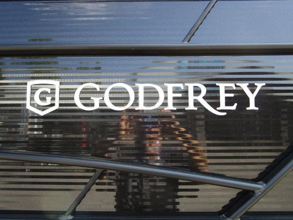 2021 Godfrey Pontoon boat for sale, model of the boat is SW 2286 SFL GTP 27 in. & Image # 10 of 29