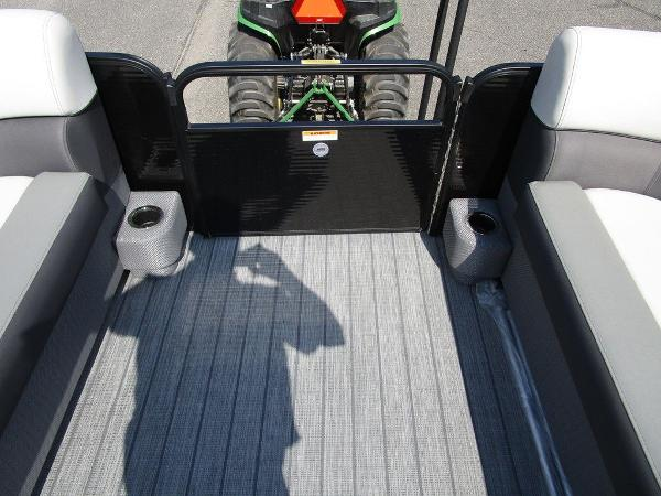 2021 Godfrey Pontoon boat for sale, model of the boat is SW 2286 SFL GTP 27 in. & Image # 20 of 29