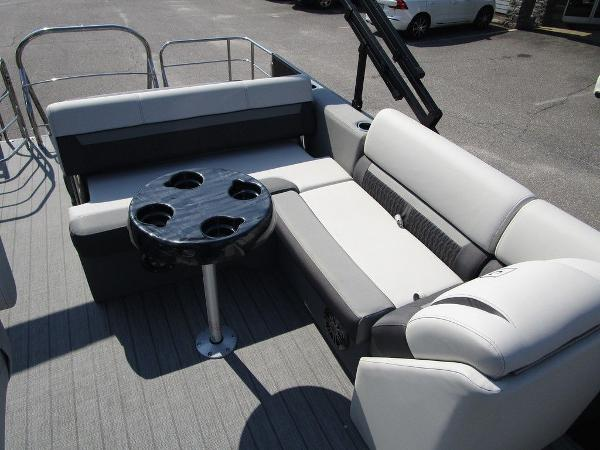 2021 Godfrey Pontoon boat for sale, model of the boat is SW 2286 SFL GTP 27 in. & Image # 21 of 29