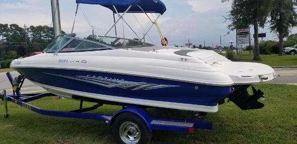 2008 Rinker boat for sale, model of the boat is Captiva 192 & Image # 1 of 6
