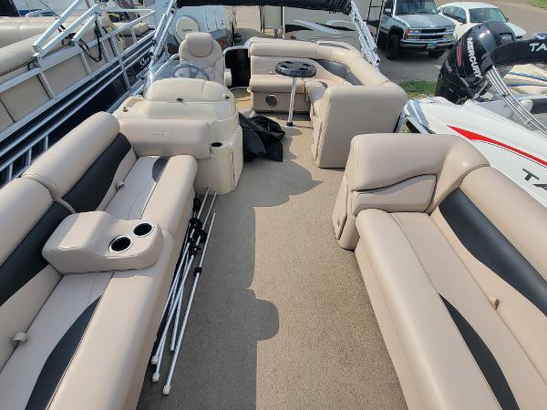 2014 Godfrey Pontoon boat for sale, model of the boat is Sweetwater 2286 & Image # 6 of 16