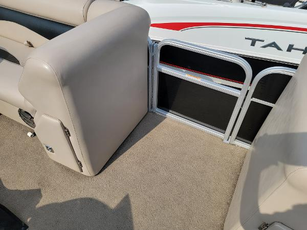 2014 Godfrey Pontoon boat for sale, model of the boat is Sweetwater 2286 & Image # 8 of 16