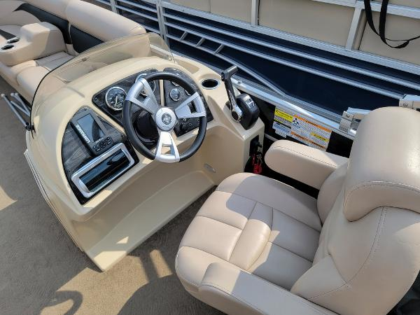 2014 Godfrey Pontoon boat for sale, model of the boat is Sweetwater 2286 & Image # 12 of 16