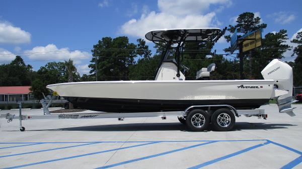 2021 Avenger boat for sale, model of the boat is AV24 & Image # 4 of 63