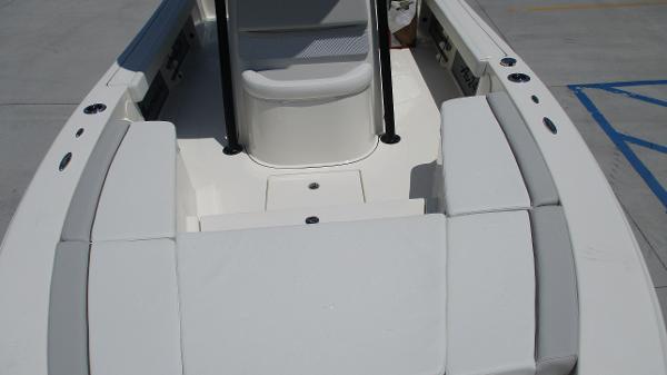 2021 Avenger boat for sale, model of the boat is AV24 & Image # 11 of 63