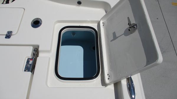 2021 Avenger boat for sale, model of the boat is AV24 & Image # 19 of 63
