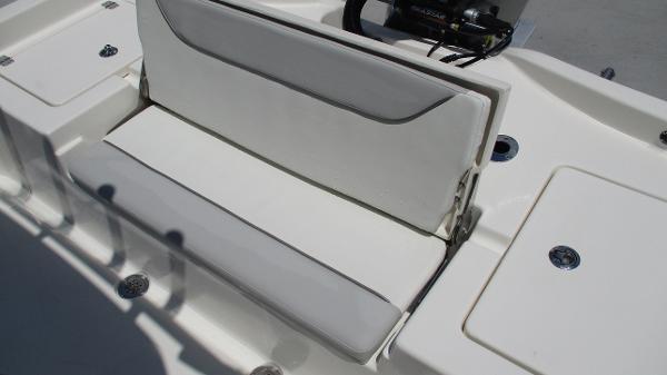 2021 Avenger boat for sale, model of the boat is AV24 & Image # 21 of 63