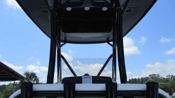 2021 Avenger boat for sale, model of the boat is AV24 & Image # 28 of 63