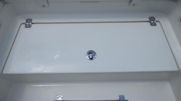 2021 Avenger boat for sale, model of the boat is AV24 & Image # 48 of 63