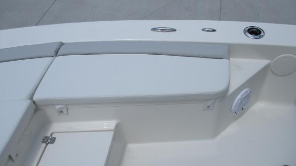 2021 Avenger boat for sale, model of the boat is AV24 & Image # 53 of 63