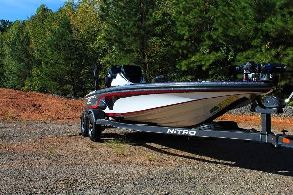 2019 Nitro boat for sale, model of the boat is Z19 Pro & Image # 1 of 18
