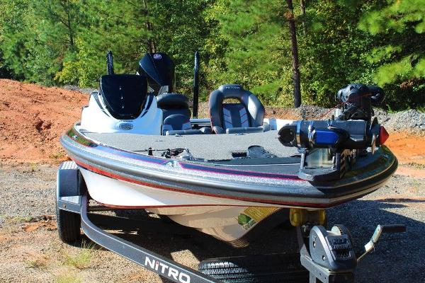 2019 Nitro boat for sale, model of the boat is Z19 Pro & Image # 3 of 18