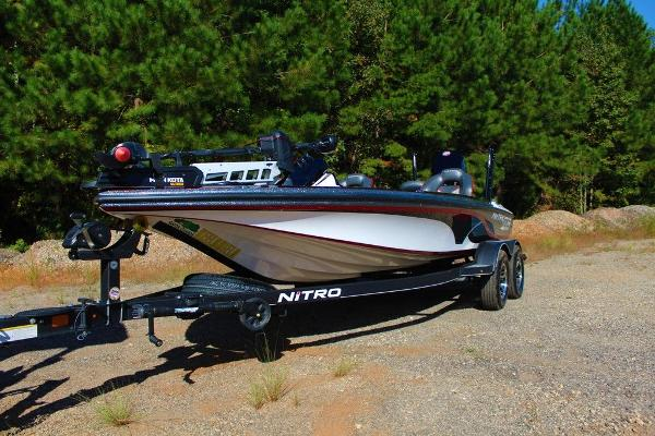 2019 Nitro boat for sale, model of the boat is Z19 Pro & Image # 13 of 18