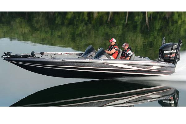 2017 Triton boat for sale, model of the boat is 21 TRX & Image # 25 of 27