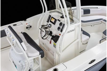 2021 Robalo boat for sale, model of the boat is R200 & Image # 18 of 18