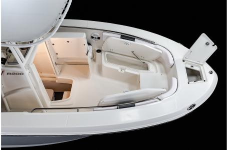 2021 Robalo boat for sale, model of the boat is R200 & Image # 12 of 18