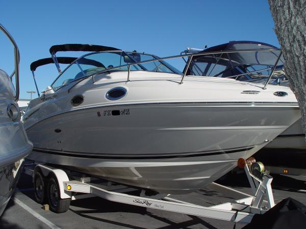 2006 Sea Ray 240 Sundancer