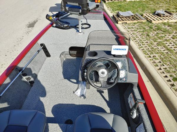2019 Tracker Boats boat for sale, model of the boat is Pro 160 & Image # 2 of 4