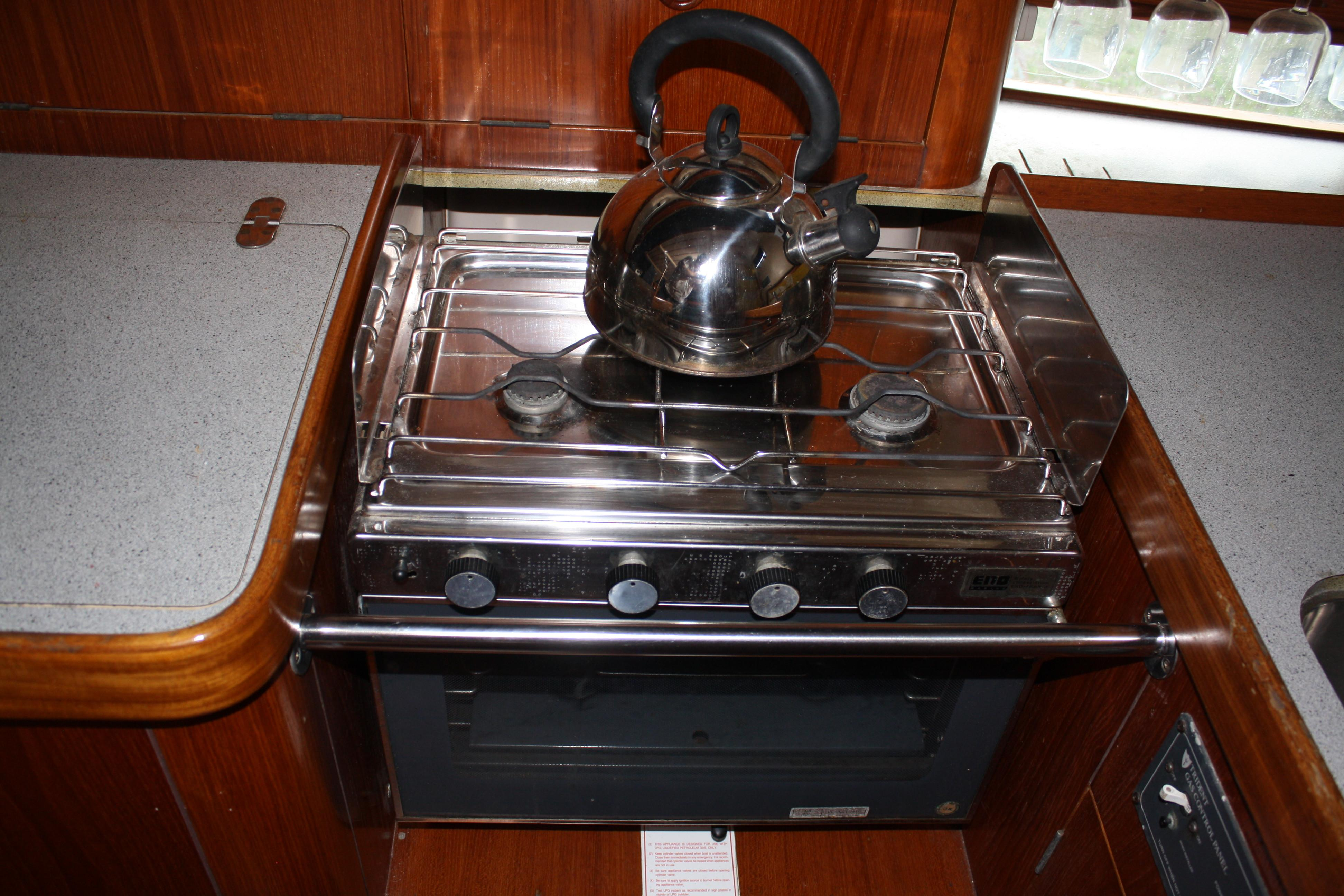 Nicely maintained propane stove and oven