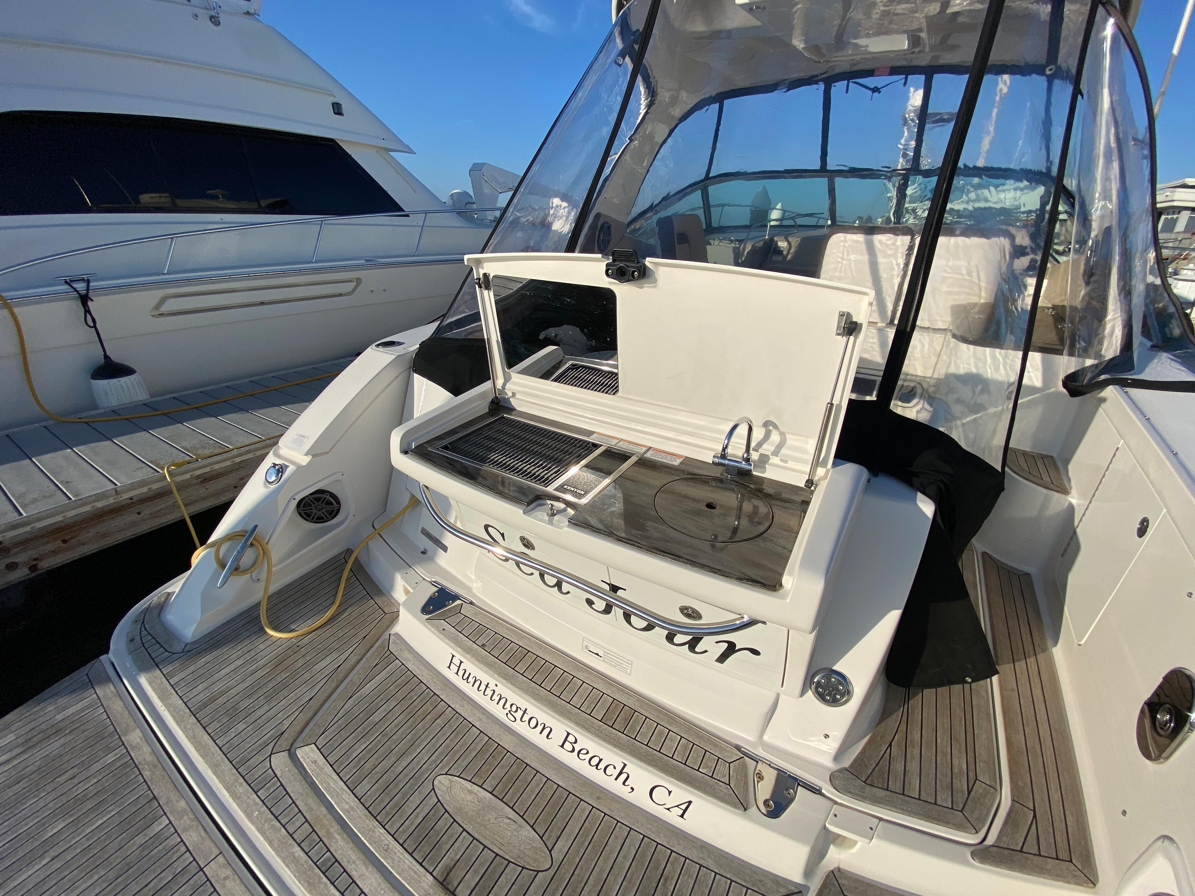 2014 Sea Ray 370 Sundancer #TB8265JP inventory image at Sun Country Coastal in Newport Beach