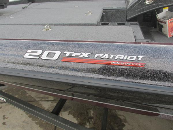2018 Triton boat for sale, model of the boat is 20 TRX Patriot & Image # 15 of 16