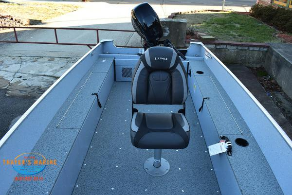 2021 Lund boat for sale, model of the boat is 1600 Fury Tiller & Image # 15 of 34