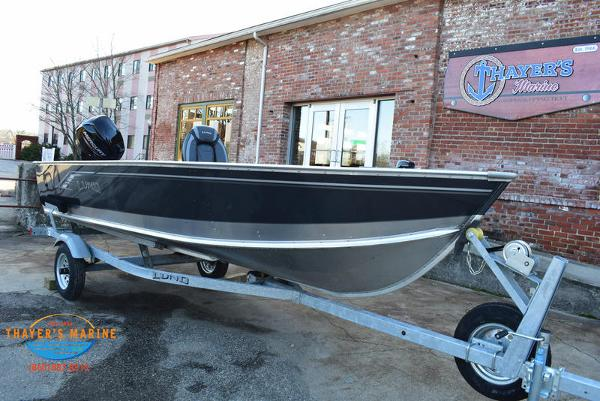 2021 Lund boat for sale, model of the boat is 1600 Fury Tiller & Image # 32 of 34